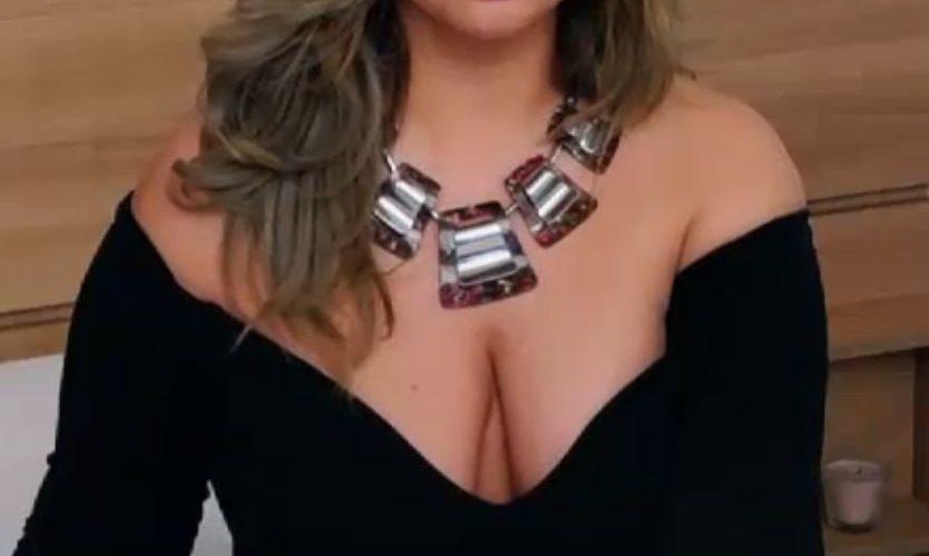 JackieSynn sexy blonde BBW cam girls open for sex !