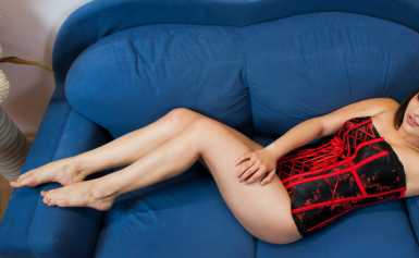 GLORYIA hot cam girl naked and masturbating for you!